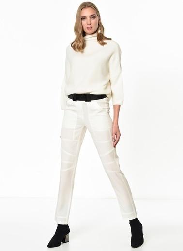 BcbgMaxAzria Pantolon Beyaz